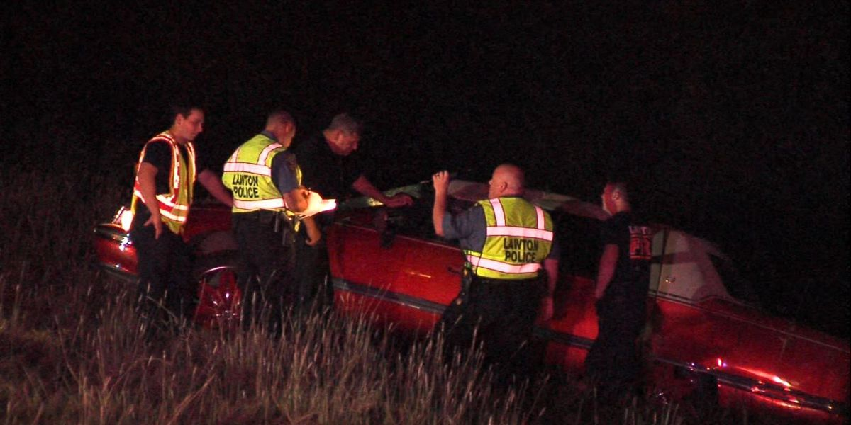 Driver suffers minor injuries in rollover crash