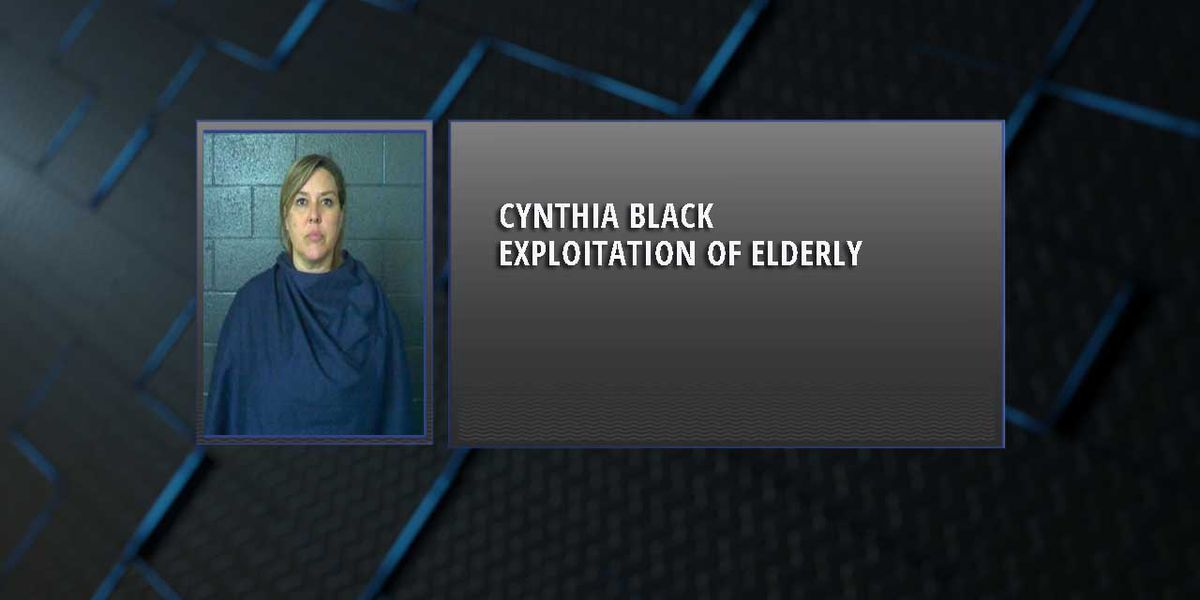 Woman accused of stealing $20,000 from elderly Burkburnett woman