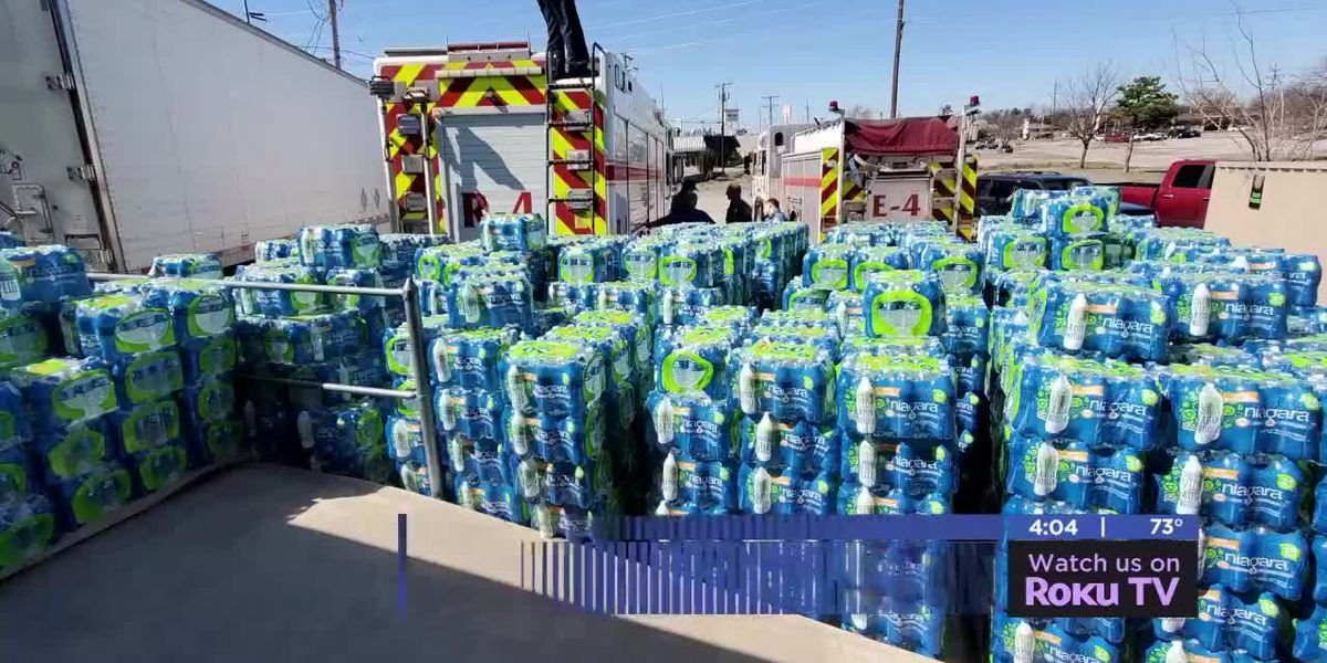 25,000 bottles of water donated to City of Lawton