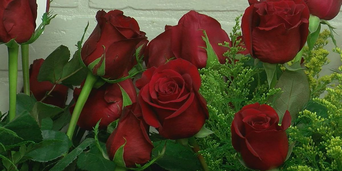 Flower shops preparing for Valentine's Day amid pandemic