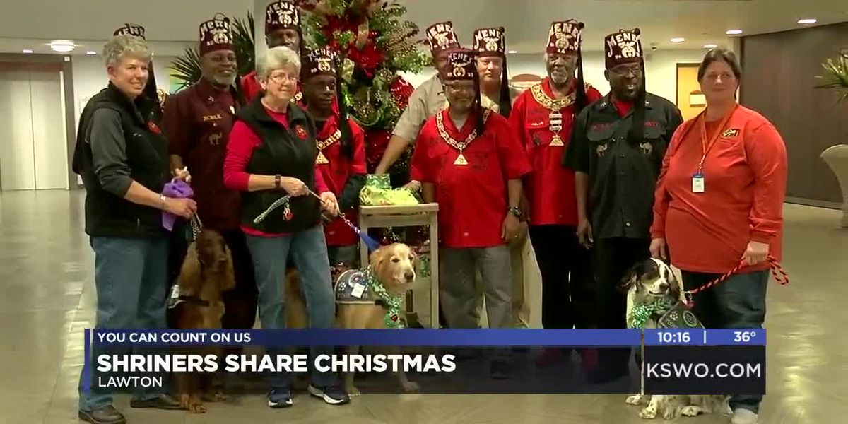 Shriners give gifts to patients in CCMH's Starlight Ward