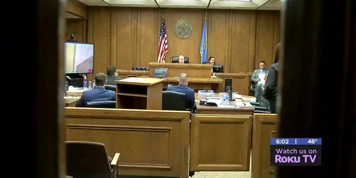 Opening statements begin in Lawton child abuse trial
