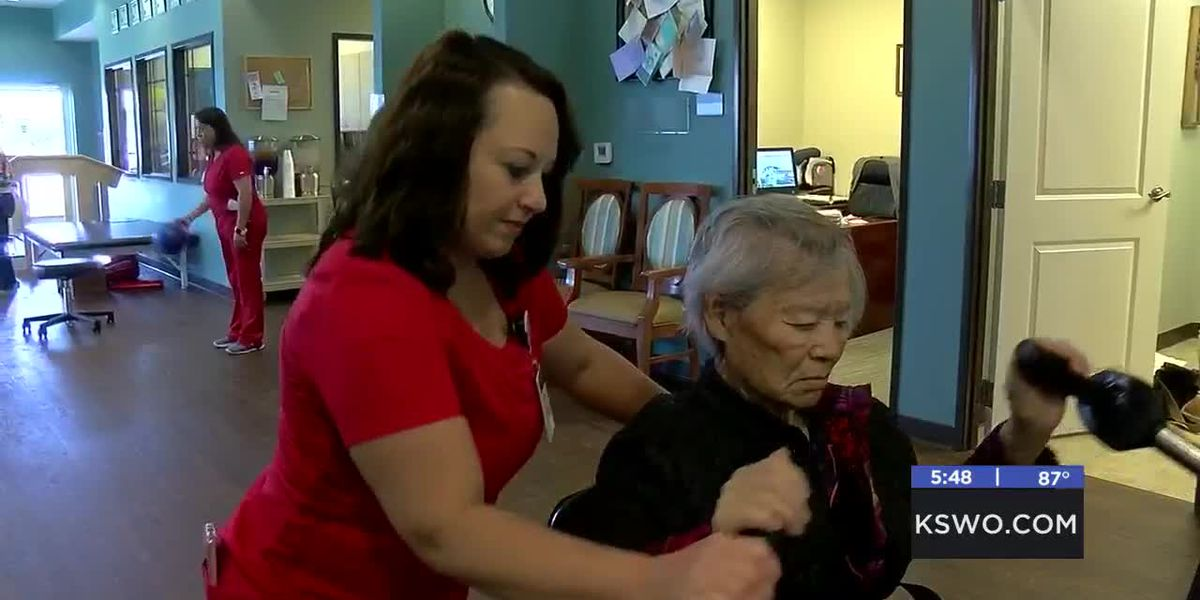 MedWatch: Therapists work with patients in Skilled Unit -6/23/2019