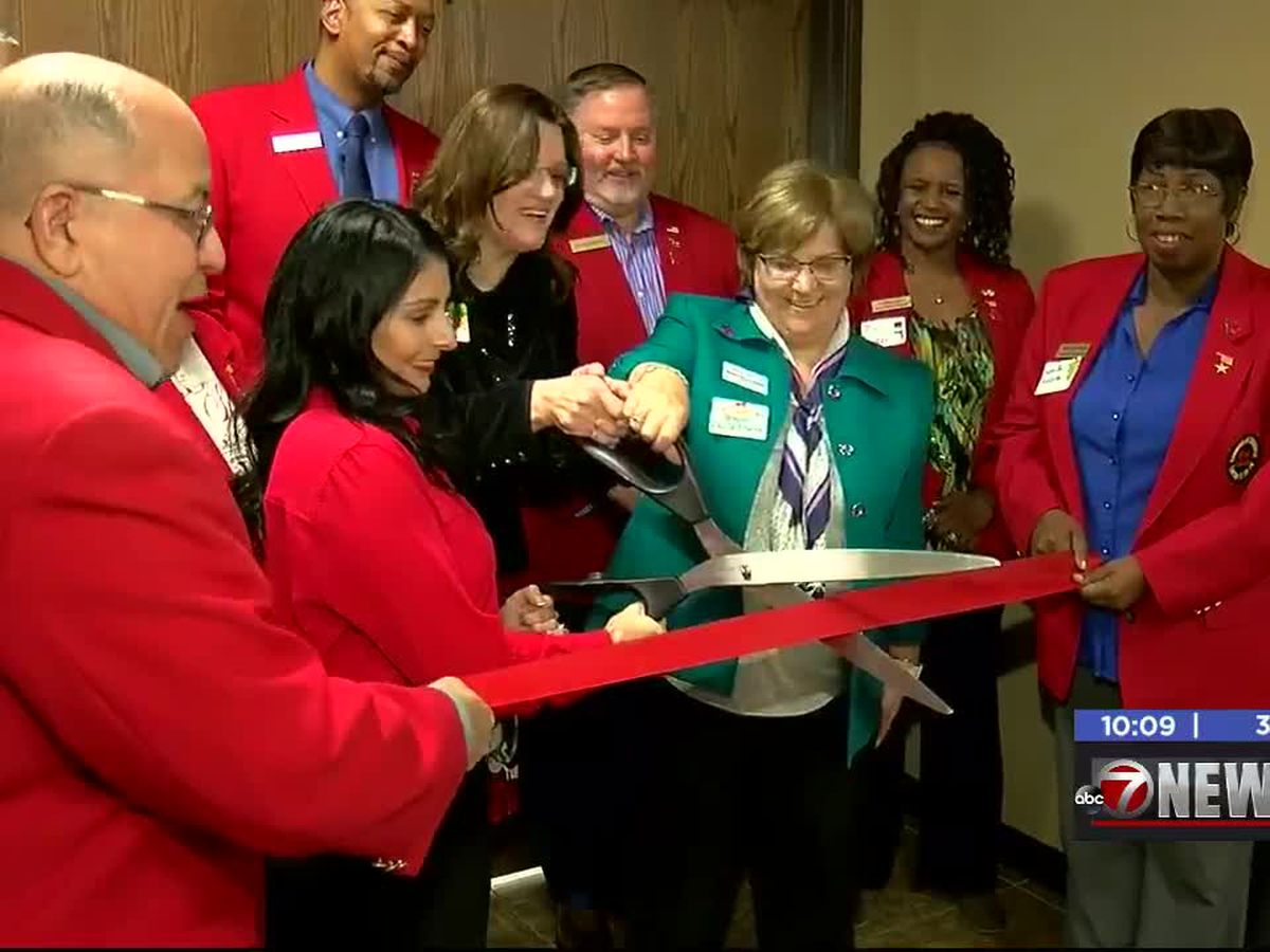 Lawton-Fort Sill Chamber of Commerce kicks off new holiday tradition