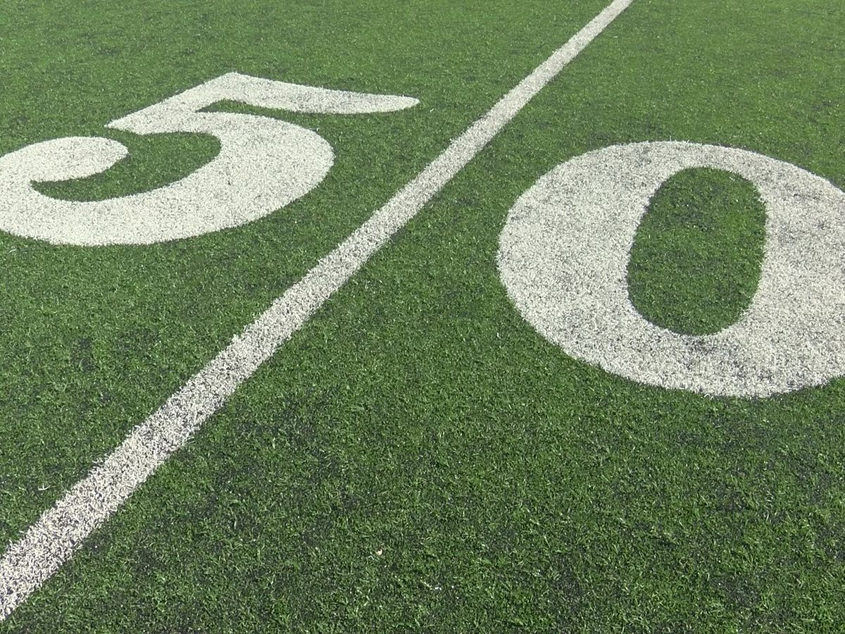 Oklahoma middle school football player dies following game