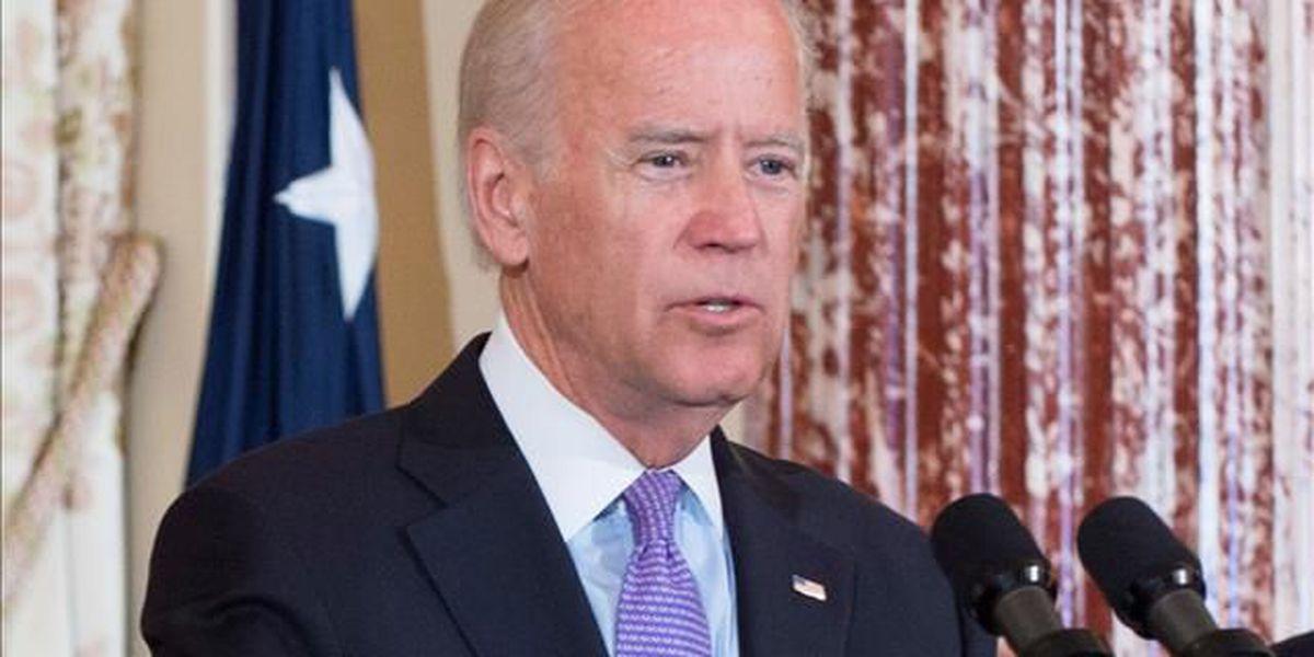 'Give it a go, Joe': Pittsburgh union crowd cheers on Biden