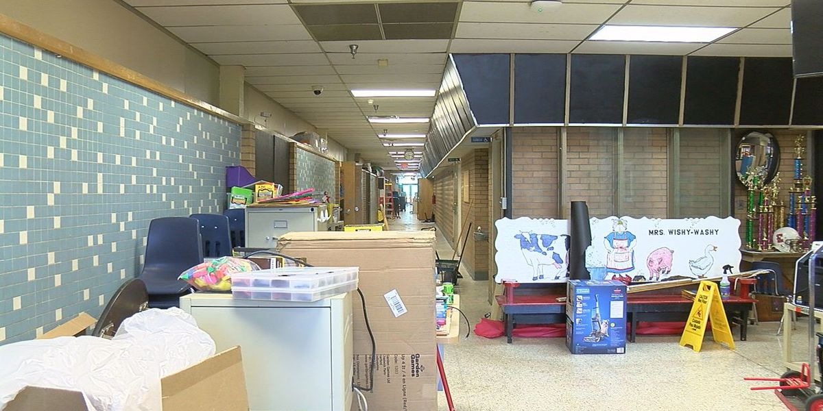 Lawton elementary school to hold workday
