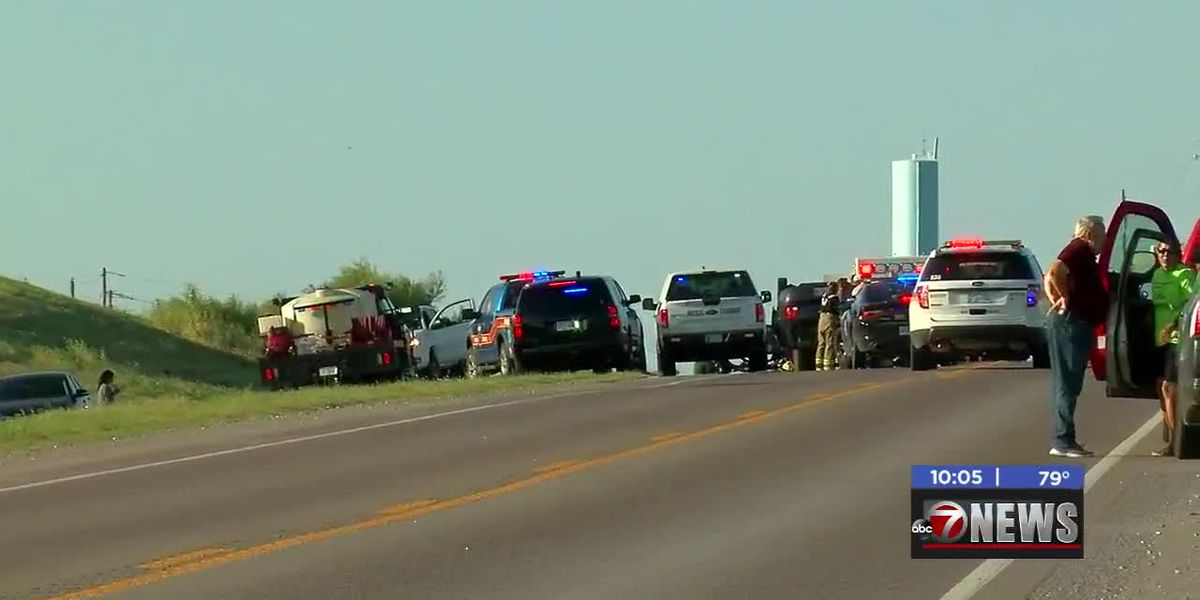 Warrant issued for driver that caused deadly roll over in Comanche Co.
