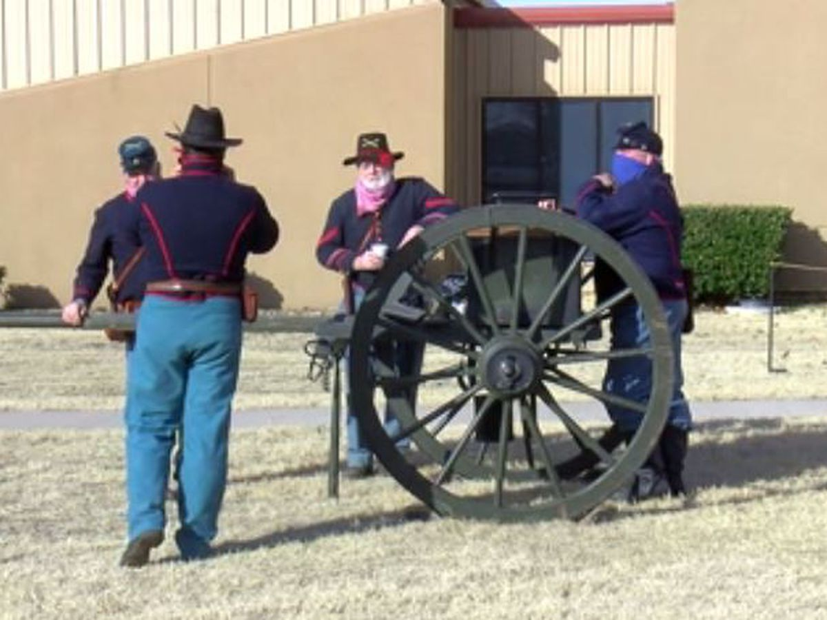 Fort Sill Field Artillery Museum holds weapon demonstration