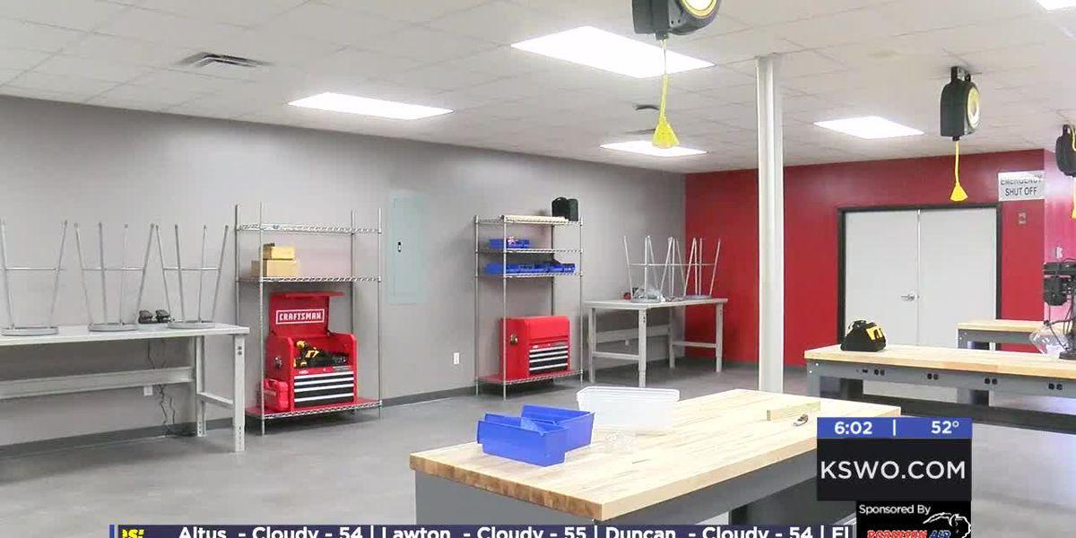 Duncan High School hosts open house for STEM Lab