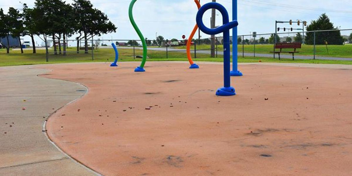 Community helps clean up damaged splash pad