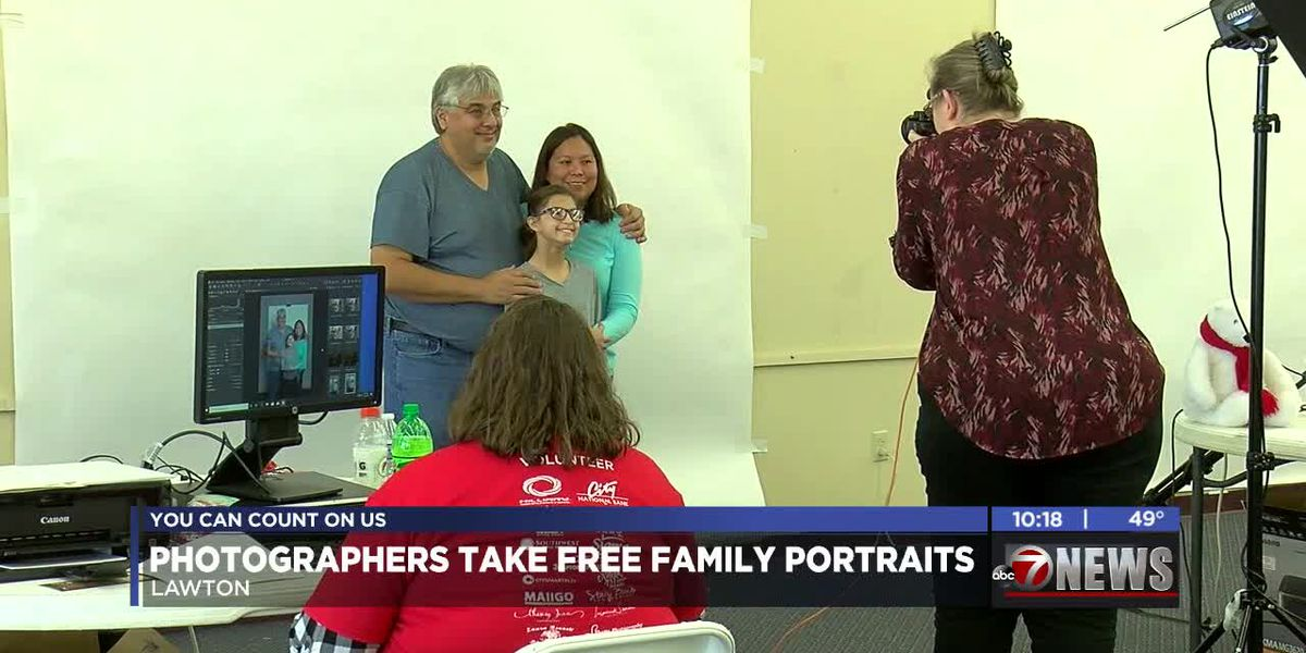 Lawton photographers take individual, family portraits for free