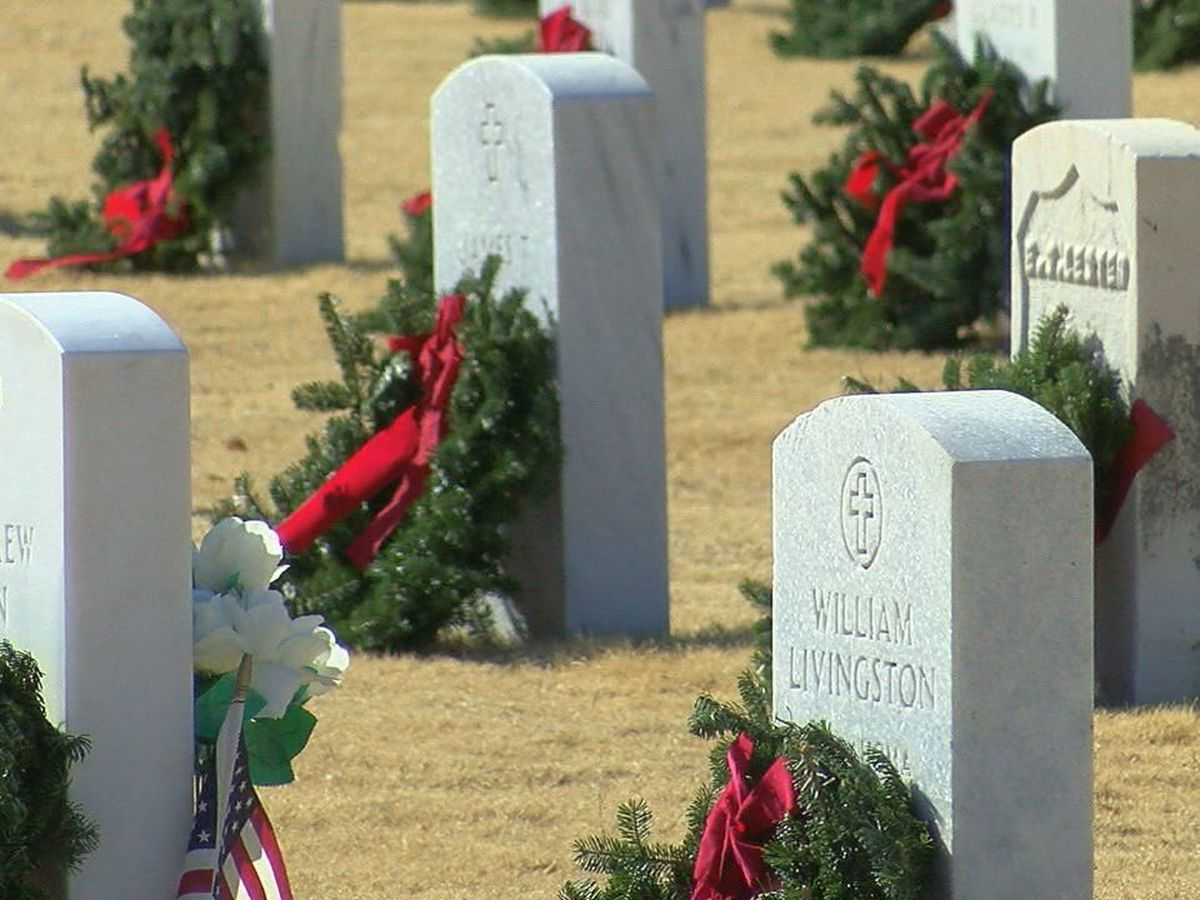 1,000 wreaths placed on veteran headstones at Fort Sill Post Cemetery