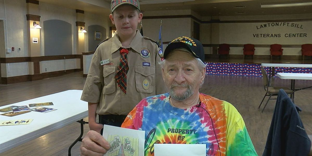 Boy Scouts have fun with Veterans Center residents