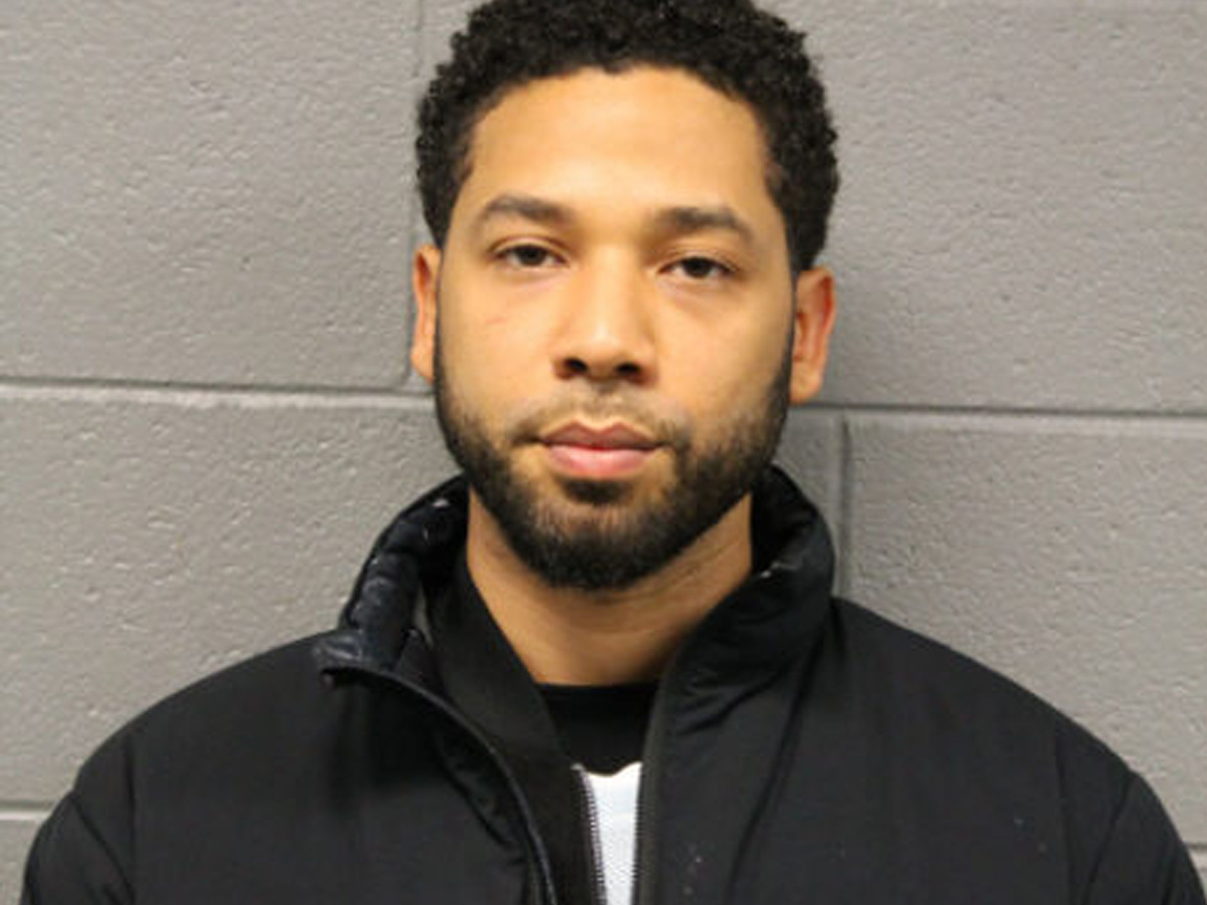 Jussie Smollett's bail set at $100K; he must surrender passport