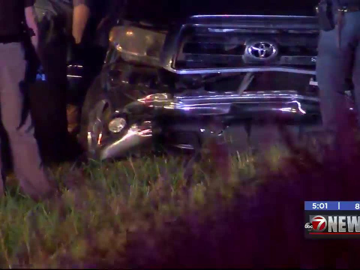 Lawton police chase ends in crash