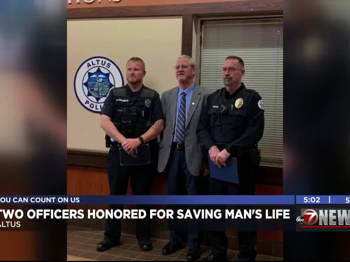 Two Altus Police Officers honored for saving man's life