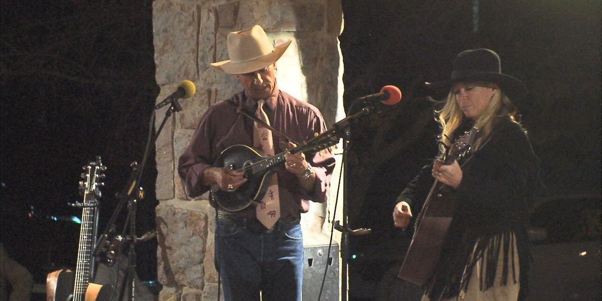 Toe-tapping Western music at Chisholm Trail Heritage Center
