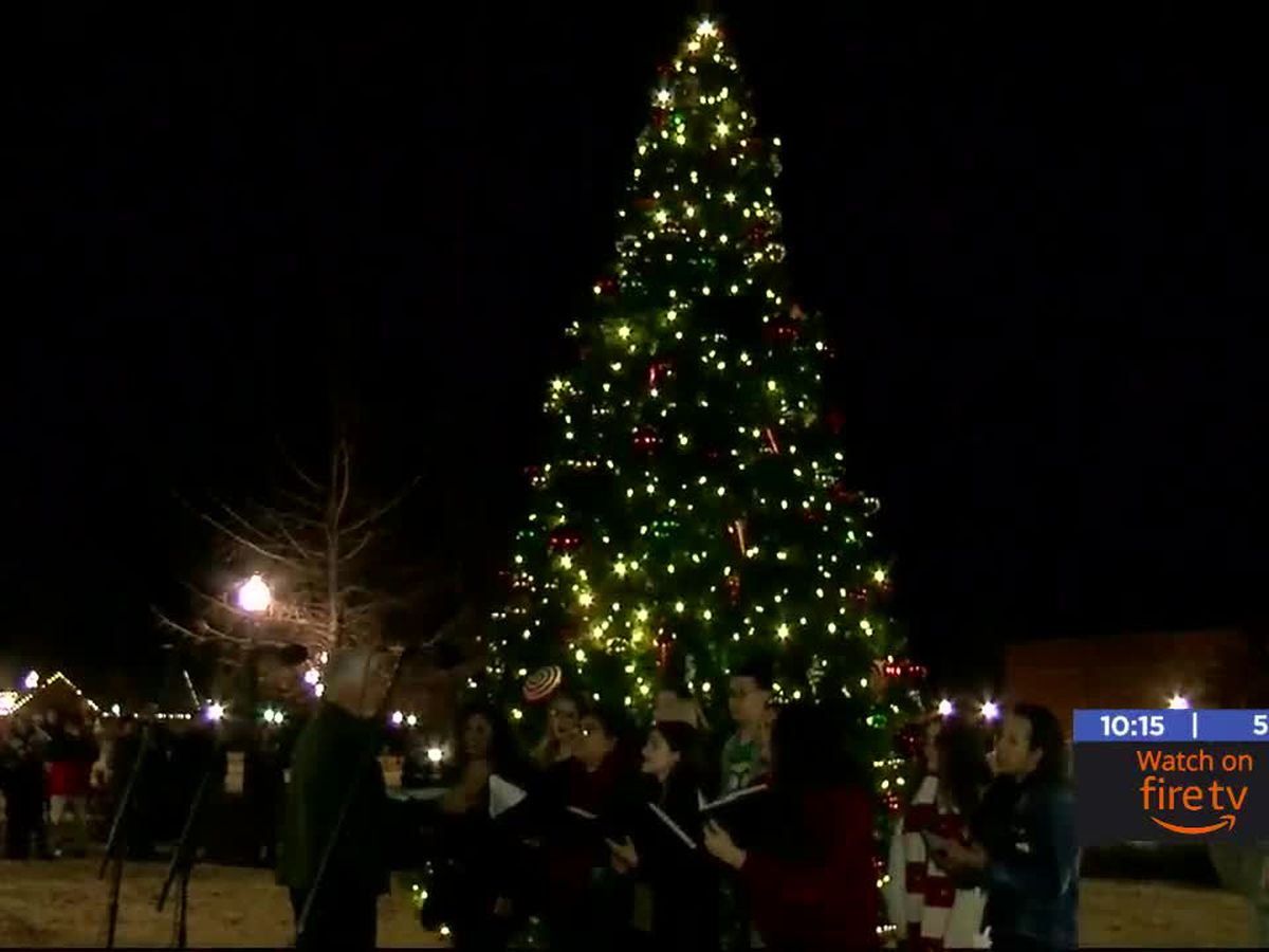 Cameron University holds tree lighting