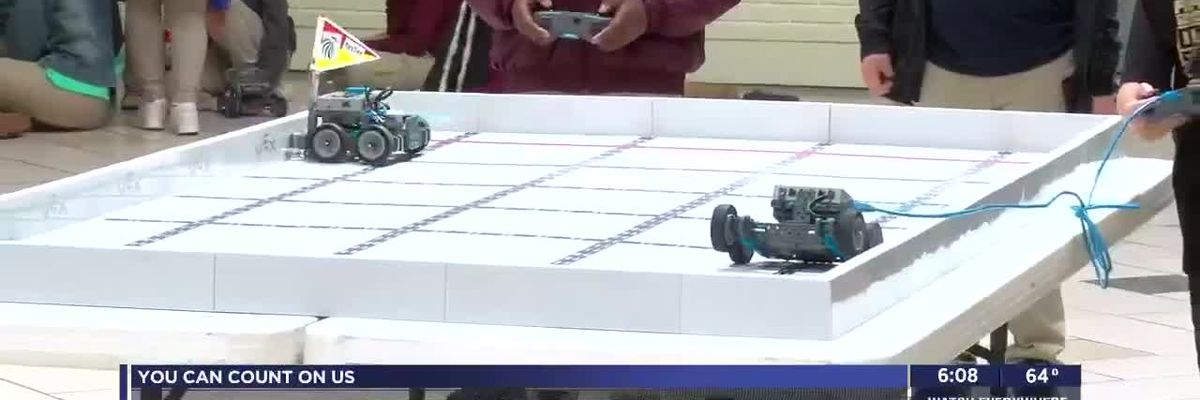 Lawton elementary school students participate in first Junior Robotics Competition