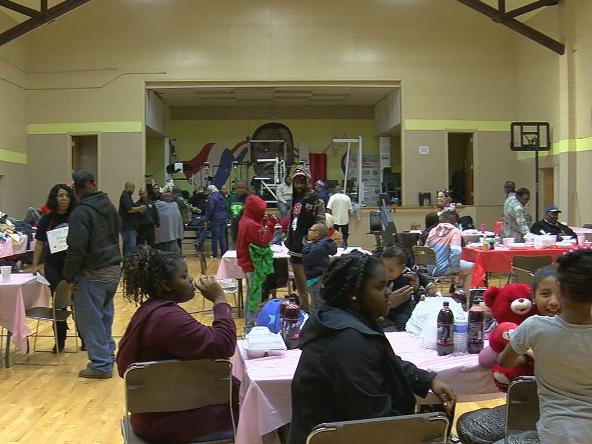 200 fed at Patterson Center monthly meal