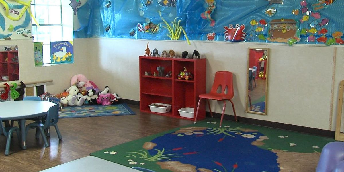 DHS to stop taking child care applications