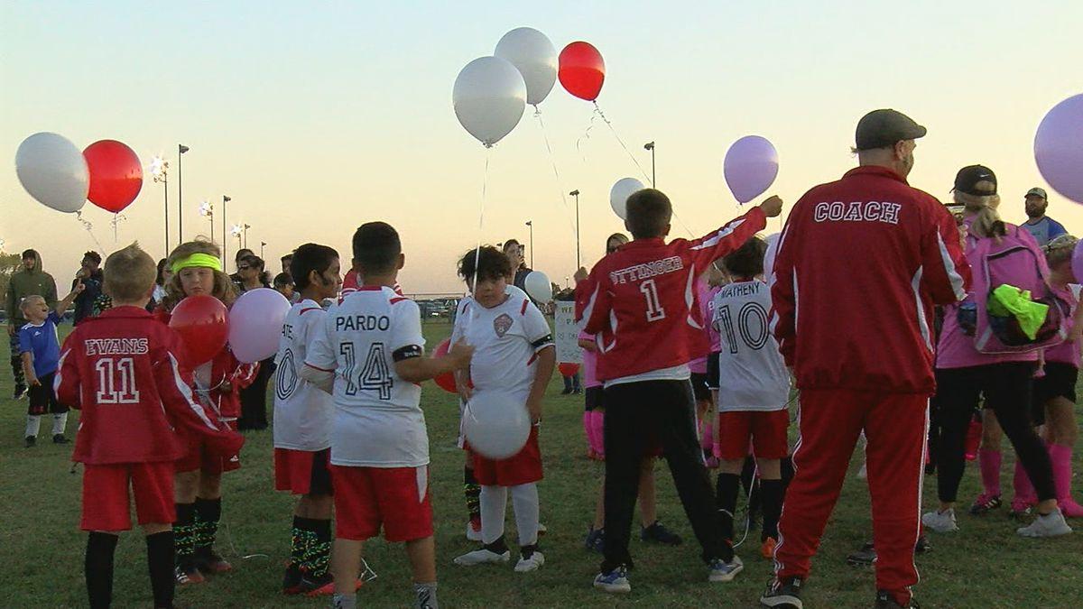 Duncan community rallies around children after parents die in car crash