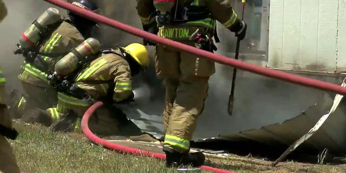 Fire destroys east Lawton mobile home