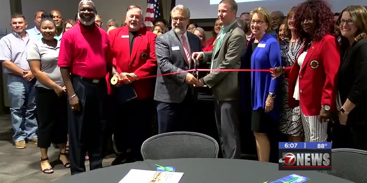 Great Plains Technology Center opens new prototyping lab