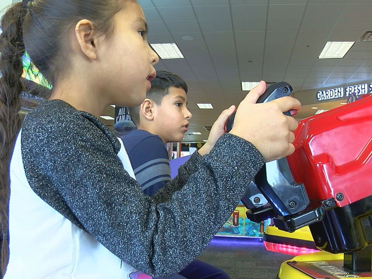 A Child Who Hopes: DHS trying to adopt siblings Esperanza and Romeo together