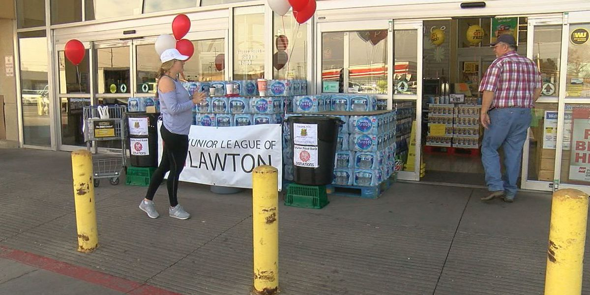 Junior League collects food for Lawton Food Bank