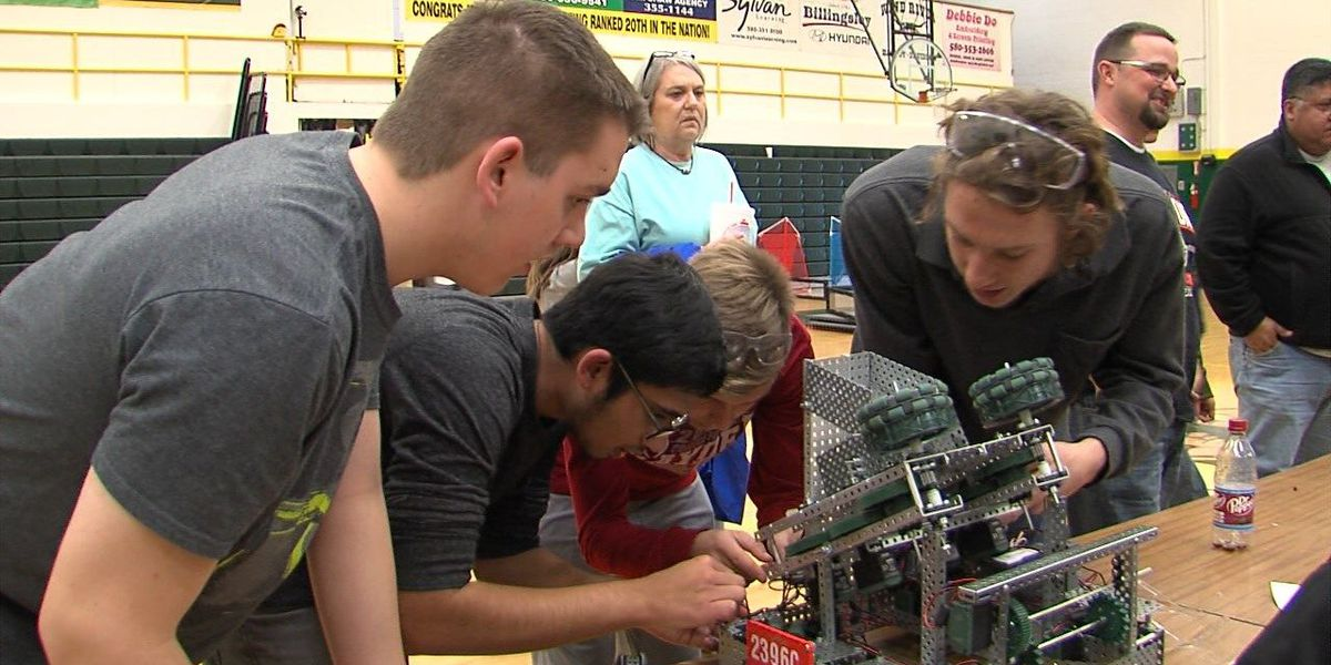 Students put engineering skills to use in robot competition