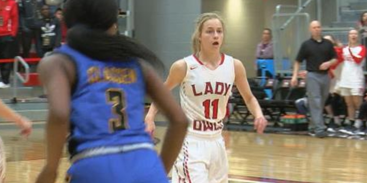 Elgin girls move on to 4A semi-finals after 60-58 OT win