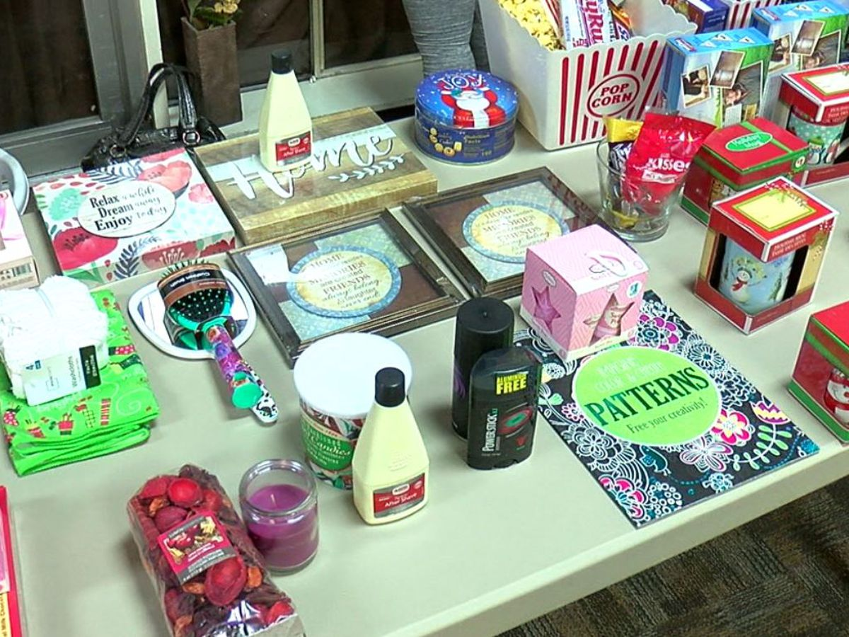 House of Bread Ministries offers holiday shopping event at nursing home