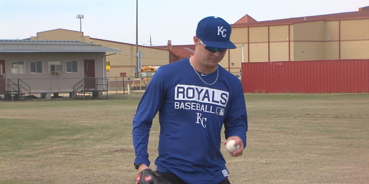 Former Lawton High baseball star returns home after first season in the minor leagues