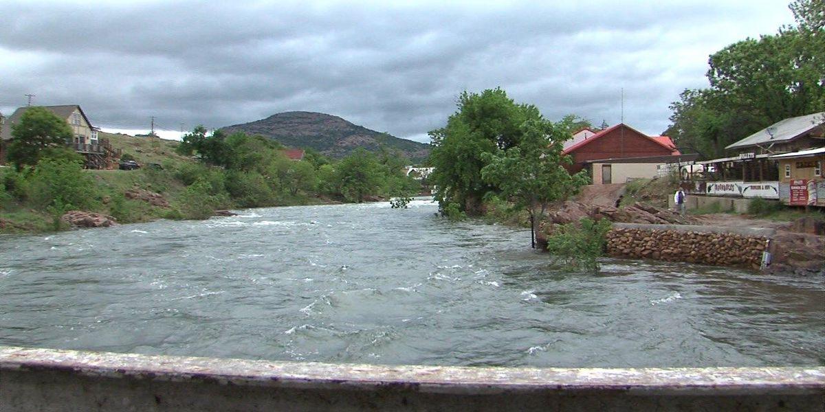 Medicine Park businesses see creek rising